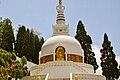 Japanese Peace Pagoda, Darjeeling 02.jpg