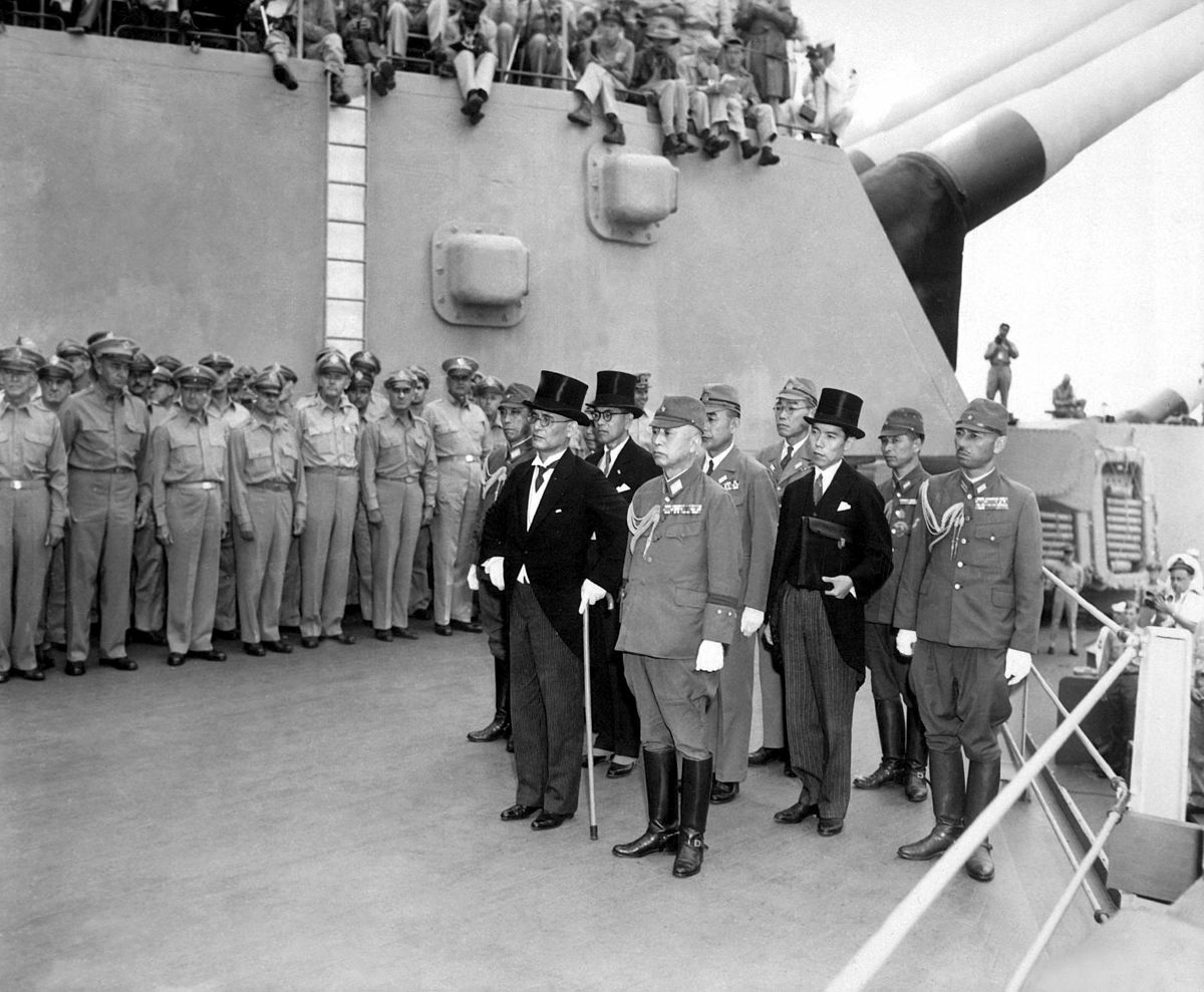Japanese surrender signatories arrive aboard the USS MISSOURI in Tokyo Bay to participate in surrender ceremonies HD-SN-99-03021.jpg