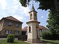 Jeneč - kaple se zvoničkou (1).jpg