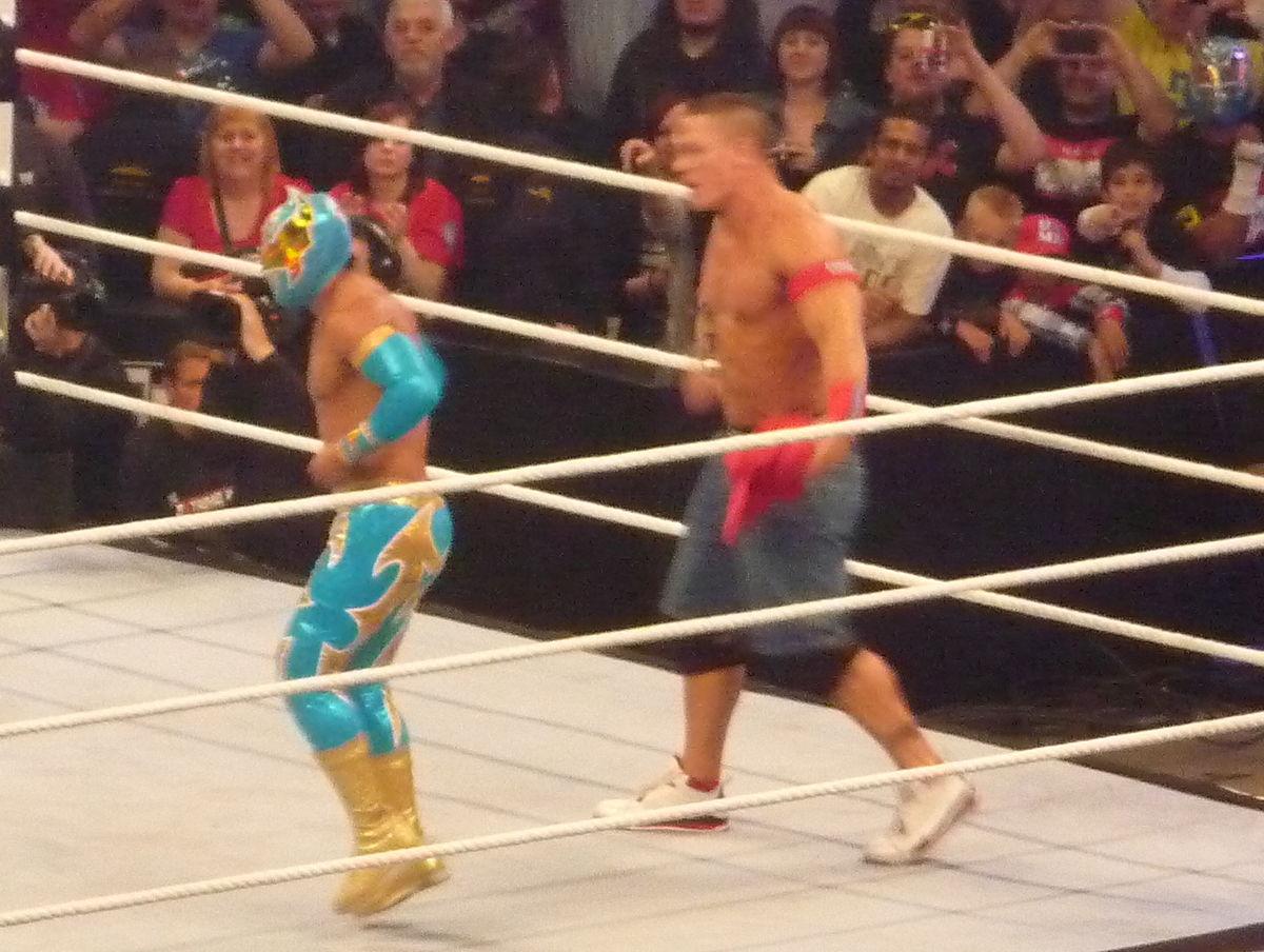 Sin Cara vs. Cesaro: WWE Main Event, February 14, 2015 - YouTube