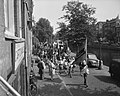 Jordaanjeugdfestival, kinderen gaan naar Carre, Bestanddeelnr 909-7250.jpg