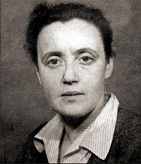 https://upload.wikimedia.org/wikipedia/commons/thumb/9/94/Julia_Brystigier.jpg/206px-Julia_Brystigier.jpg
