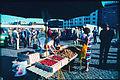 Jyväskylän tori mansikkamyynti 1982.jpg