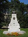 Kaiser Franz Josef Denkmal in Wien Steinhof.jpg