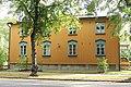 Keltainen talo Puu-Käpylässä.jpg