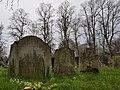 Kensal Green Cemetery (40593567943).jpg