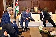 King Abdullah II and Crown Prince Hussein Admire a Photo (9306808595)