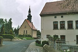 Kleinpörthen (Schnaudertal), the village church.jpg