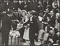 Koninklijk huis, prinsessen, prinsen, begroetingen, commissarissen, Beatrix, pri, Bestanddeelnr 017-1155.jpg