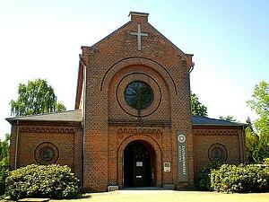 Kapelvej - No. 4: Assistens Cultural Centre
