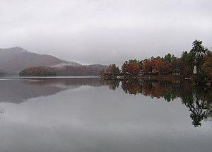 Lake Santeetlah, North Carolina - Image: Lake Santeetlah(town)