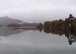 Lake Santeetlah, North Carolina httpsuploadwikimediaorgwikipediacommonsthu