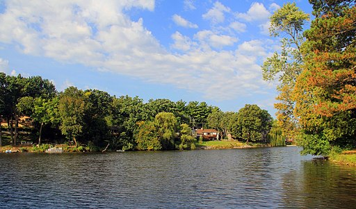 Lake in the Hills - Woods Creek Lake