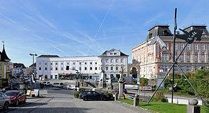 Lambach - Image: Lambach Klosterplatz