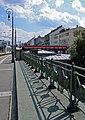 Lampen und Geländer, Vorortelinie Ottakring.jpg
