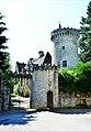 Le château (privé) de Favars.jpg
