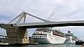 Category la porta d 39 europa bascule bridge wikimedia commons - Vernis pont de bateau ...