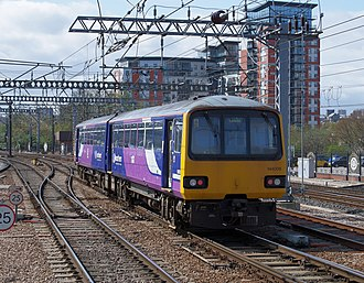Walter Alexander Coachbuilders - Image: Leeds railway station MMB 48 144006