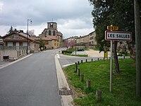 Les Salles- Entrée du bourg.jpg