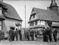 Les amis d'Alfred Marzolff à son domicile à Rountzenheim photographiés par Lucien Blumer (1).png