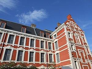 École des arts industriels et des mines - Historical building from 1854 to 1875