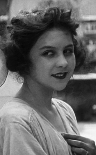 Lita Grey - Lita Grey in The Kid (1921)