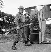 Loading Z battery Merseyside 1942 IWM H 21135