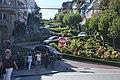 Lombard Street 01 (4256790332).jpg