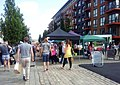 London-Woolwich, Royal Arsenal, farmers market at No 1 Street 02.jpg