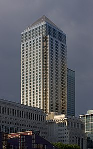 London MMB «O1 Canary Wharf.jpg