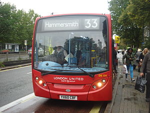 London United bus 33.jpg