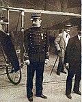 Louis Blériot, lieutenant de territoriale en 1910.jpg