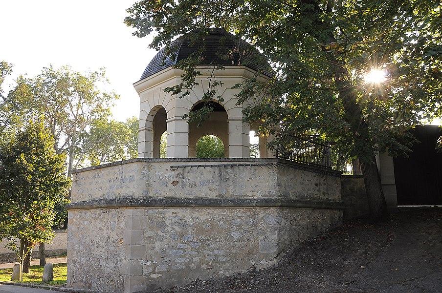 Belvedere located in Louveciennes, chemin de la Machine, in Yvelines department, France.