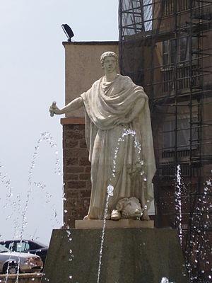 Lucius Cornelius Balbus (proconsul) - Statue of Balbus in Cadiz, Spain