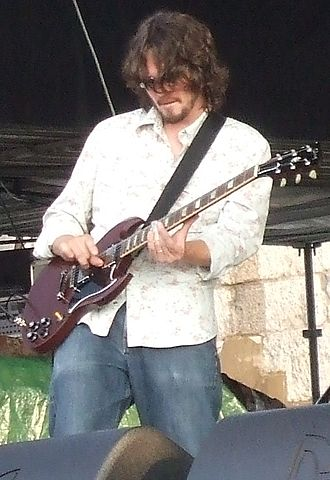 Luther Dickinson - Luther Dickinson with the Black Crowes at the Newport Folk Festival, 2008