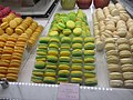Macarons Pradier.jpg