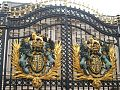 Main gates of the Buckingham Palace..jpg