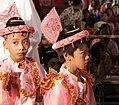 Mandalay-Mahamuni-02-Kinder-gje.jpg