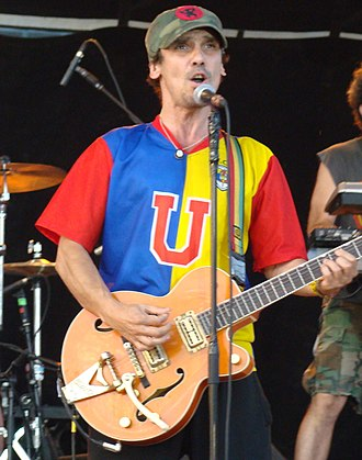 Manu Chao - Manu Chao performing in France (2008)