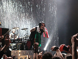 I Marilyn Manson a Firenze durante un concerto del Rape of the World Tour.