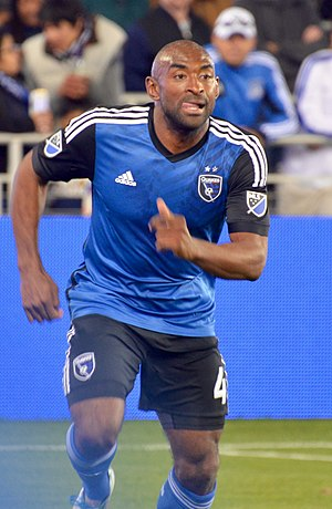 Marvell Wynne (soccer) - Image: Marvell Wynne running
