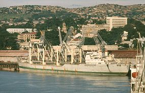 Matadi city port 1965.JPG