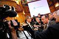 Matti Vanhanen, statsminister Finland, uppvaktas av pressen pa Nordiska radets session i Stockholm 2009.jpg