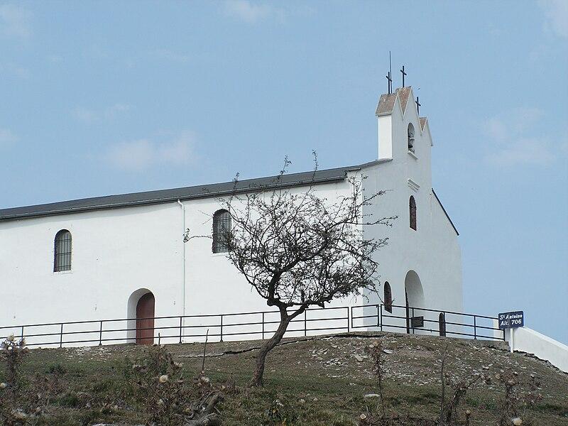 Chapelle Saint Antoine sur le col d'Osquich Pyrénées