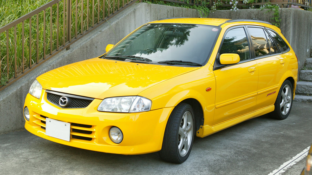 Mazda Familia — Википедия