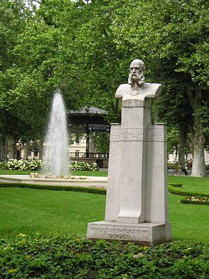 Ivan Mažuranić - Monument to Mažuranić in Zagreb