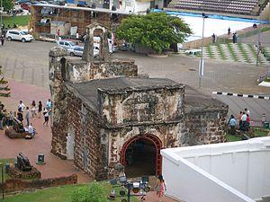 A Famosa - Image: Melaka Porta de Santiago 2Cimg 2194