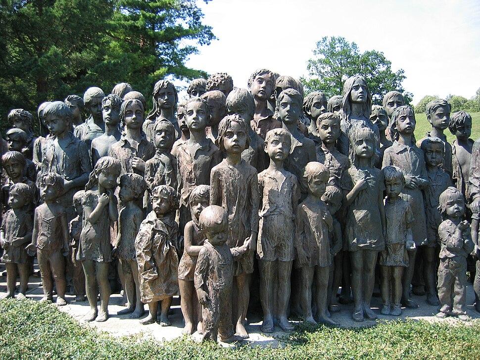 Memorial lidice children (2007)-commons