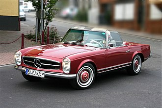 Mercedes-Benz W113 - Image: Mercedes Benz 230 SL, Bj. 1964 (2009 05 01)