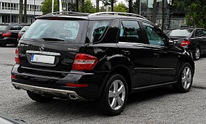 Mercedes-Benz ML 300 CDI BlueEFFICIENCY 4MATIC (W 164, Facelift) – Heckansicht, 17. September 2011, Düsseldorf.jpg